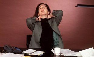Beaucoup de mauvaise habitudes quotidiennes peuvent expliquer le fait que l'on se sente fatigué même en dormant suffisamment la nuit.