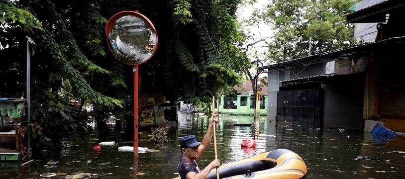 Les rues inondées de Jakarta, le 4 janvier 2020.
