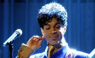Le chanteur Prince aux Grammy Awards en 2004
