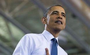 """Barack Obama a félicité dimanche François Hollande pour son élection, mais a évoqué d'emblée des """"dossiers difficiles"""" à gérer en commun avec le président français élu, allusion évidente à l'Afghanistan et à la crise de la dette européenne."""