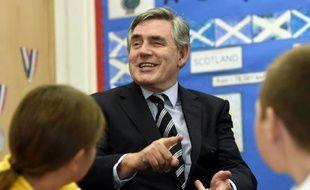 L'ancien Premier ministre britannique Gordon Brown lors de la visite d'une école primaire à Fife, en Ecosse, le 19 septembre 2014