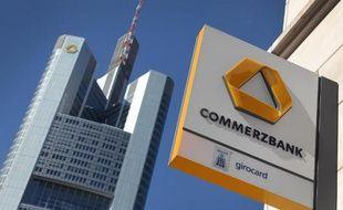 Le siège de Commerzbank à Francfort. La deuxième banque allemande est arrivée à un accord avec les autorités américaines pour payer une amende de 1,45 milliard de dollars pour solder des litiges sur des violations d'embargo