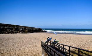La plage d'Ericeira (Portugal).