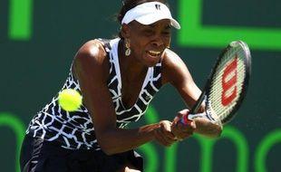 Venus Williams a réussi un retour probant sur le circuit WTA à Miami (dur), même si son parcours s'est arrêté mercredi en quart de finale face à la Polonaise Agnieszka Radwanska, N.4 mondiale.