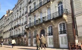 L'allée Duguay-Trouin à Nantes et ses hôtels particuliers. Au premier plan, celui bâti pour l'armateur Guillaume Grou
