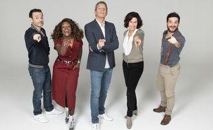 Fabien Olicard, Cécile Djunga, Michel Cymes, Farah Kesri et Major Mouvement forment l'équipe de l'émission Antidote.