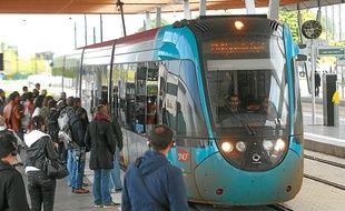 La fréquentation de la ligne Nantes-Châteaubriant (ici à Haluchère) donne satisfaction à ses responsables.