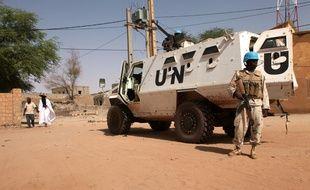 Des soldats de la Mission des Nations unies au Mali (Minusma) en opération près de Tombouctou, le 19 septembre 2016.