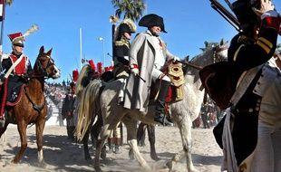 Napoléon de retour sur la plage de Golfe-Juan
