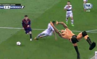 Jerome Boateng est devenu la risée de Twitter après Barça-Bayern.