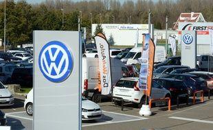 Illustration. Logo de la marque Volkswagen