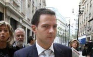 """Le trader Jérôme Kerviel, mis en examen pour des falsifications ayant fait perdre 4,9 milliards d'euros à la Société générale, a expliqué dimanche sur TF1, lors de son premier entretien télévisé, qu'il se battrait """"jusqu'au bout pour que la vérité soit faite"""" sur cette affaire."""