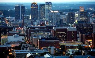 Plusieurs personnes soupçonnées d'avoir des liens avec Abdelhamid Abaaoud sont basées à Birmingham, au Royaume-Uni.