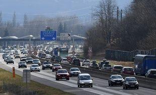 Trafic soutenu sur l'A43 à la porte des Alpes (image d'illustration).