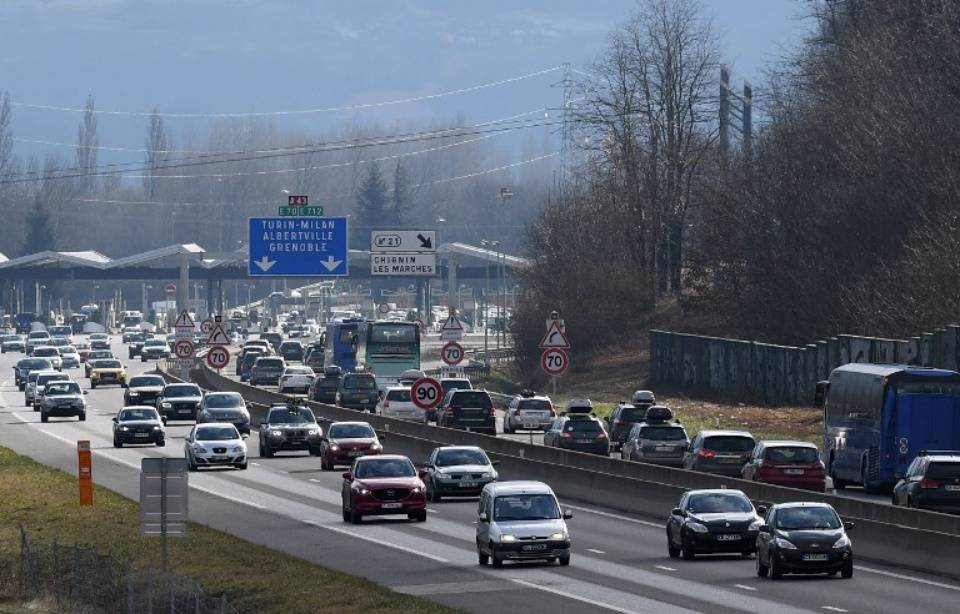 En voiture, qui sont les pires (et les meilleurs) conducteurs d'Europe ? 960x614_trafic-soutenu-a43-porte-alpes-image-illustration