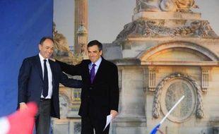 Jean-FrançoisCopé et FrançoisFillon, le 15 avril 2012, avant le meeting de Nicolas Sarkozy sur la place de la Concorde, à Paris.