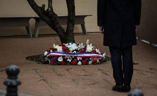 Emmanuel Macron lors de la Cérémonie en hommage au préfet  Claude Erignac, le 6 février 2018 à Ajaccio, en Corse, a l'occasion des 20 ans de son assassinat.