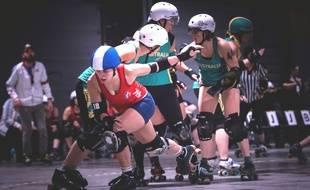 A l'image de cette rencontre entre la France et l'Australie, le derby roller est réservé aux amateurs de sports de contact.