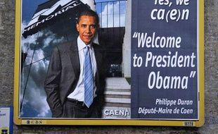 Photomontage du président américain Barack Obama utilisé pour lui souhaiter la bienvenue en Normandie ce week-end pour la commémoration du débarquement allié, Carpiquet, le 1er juin 2009.