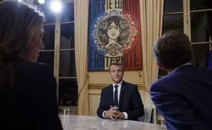 Le Président Emmanuel Macron lors de son interview télévisée sur TF1 le 15 octobre
