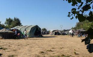 Le camp de Norrent-Fontes, en septembre 2016.