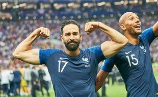 Adil Rami à l'issue de la finale de la Coupe du monde, à ses côtés Steven Nzonzi.