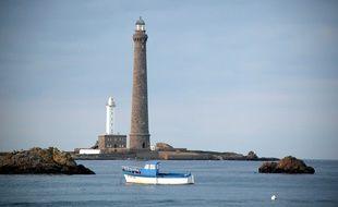 Le phare de l'île Vierge, au large de Plouguerneau, dans le Finistère, va accueillir un gîte touristique à ses pieds.