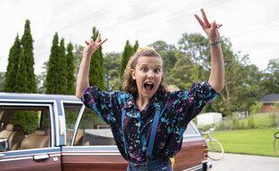 L'actrice Millie Bobby Brown sur le tournage de la saison 3 de Stranger Things