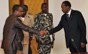 Le président burkinabè Blaise Compaoré, médiateur ouest-africain dans la crise malienne, et une délégation de l'ex-junte de Bamako ne sont pas parvenus vendredi à un accord sur la durée de la période de transition, après deux entretiens en trois jours.