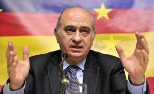 Le gouvernement espagnol conservateur a rejeté samedi l'offre de dialogue de l'organisation séparatiste basque ETA et la médiation d'une commission internationale, une semaine après avoir annoncé un nouveau plan assouplissant le régime de détention pour certains prisonniers.