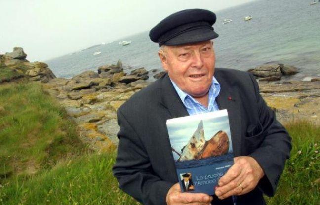 Alphonse Arzel a incarné pendant près de 20 ans le combat des Bretons qui ont traversé l'Atlantique pour obtenir justice après la marée noire de l'Amoco Cadiz en 1978. Il est décédé en 2014 à l'âge de 86 ans,