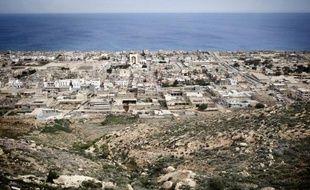 Le chef des services de renseignements militaires de Benghazi, dans l'est libyen, a été tué vendredi lors d'une visite chez des proches à Derna, également dans l'est du pays en proie à une insécurité persistante.