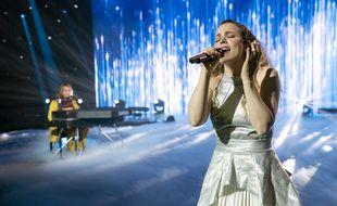 Rachel McAdams (et Will Ferrell au piano) dans le film Eurovision Song Contest: The Story of Fire Saga.