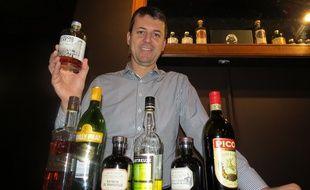 Guillaume Ferroni, mixologu, redonne vie à des alcools marseillais oubliés.