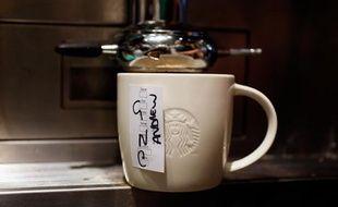 Une tasse dans un Starbucks de Londres.