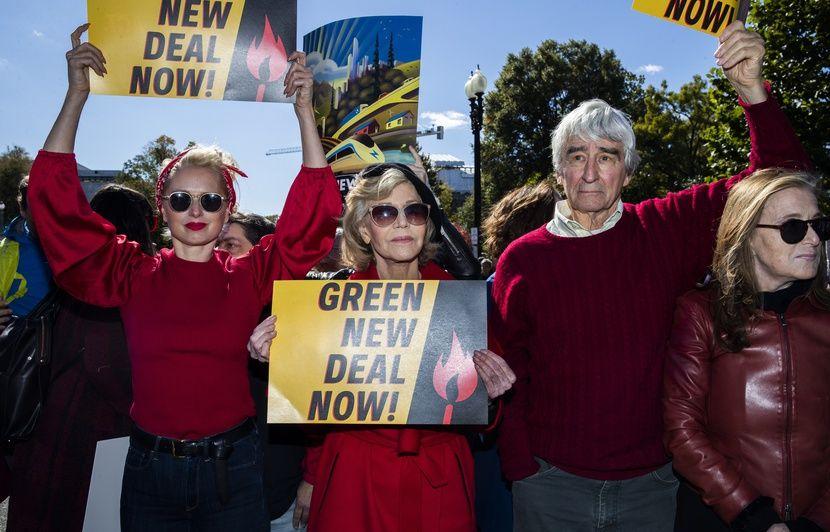 Jane Fonda et un acteur de « New York, police judiciaire » arrêtés