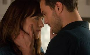 Dakota Johnson Et Jamie Dornan Dans Cinquante Nuances Plus Sombres De James Foley