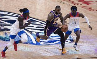LeBron James et les Lakers devront en passer par des barrages délicats pour défendre leur titre.