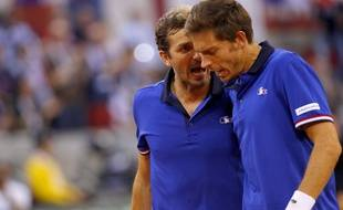 Julien Benneteau et Nicolas Mahut en double lors du quart de finale de Coupe Davis France-Grande Bretagne, le 8 avril 2017.