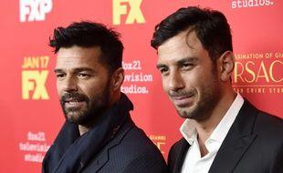 Ce jeudi 11 décembre 2017, le chanteur Ricky Martin, star de la musique latino-américaine, a annoncé qu'il s'était marié avec son compagnon depuis deux ans, Jwan Yosef.