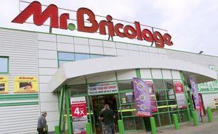 Mr Bricolage va fermer 17 magasins et supprimer 238 postes.