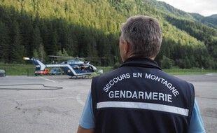 Le peloton de gendarmerie de haute montage. (illustration)