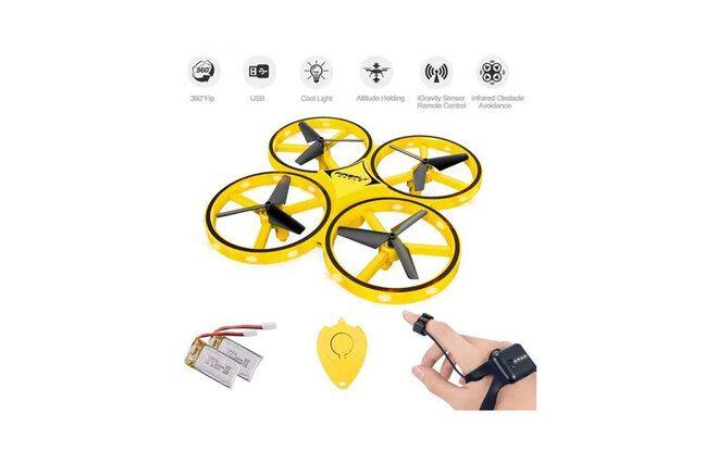 Mini-drone connecte a sa montre capteur de gravite