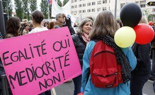 Manifestation nationale des enseignants contre la reforme du collège à Lyon, (Rhône)
