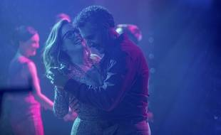Julianne Moore et John Turturro dans «Gloria Bell» de Sebastián Lelio