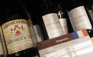 Des vins français dans un supermarché en Californie le 26 août 2019.