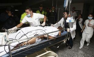 Alan Ruschel, transporté à l'hôpital de La Ceja, en Colombie.