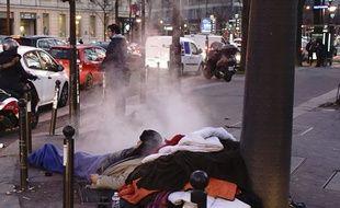 Le froid touche d'abord les sans-abri, déjà fragilisés par la rue.
