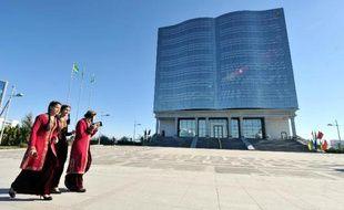 Le Turkménistan a autorisé pour la première fois depuis la chute de l'URSS l'ouverture d'une ambassade israélienne à Achkhabad, capitale de ce pays riche en hydrocarbures et voisin de l'Iran, a rapporté jeudi le quotidien d'Etat.