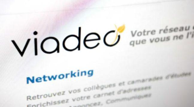 Le site français Viadeo, deuxième réseau social mondial pour l'emploi – LOU WEE/SIPA